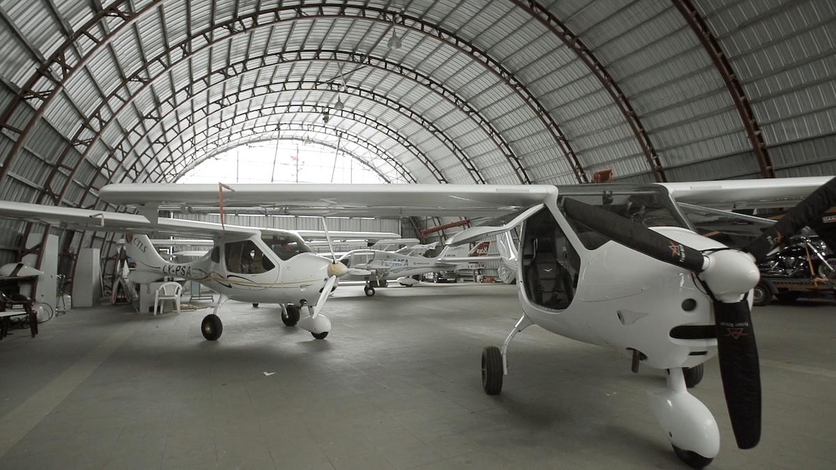 Aviacijos įkvėptas būstas: ar gražus gali būti ir protingas?